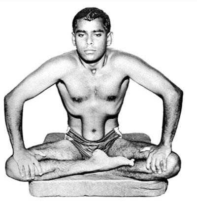 Nauli, alien yoga